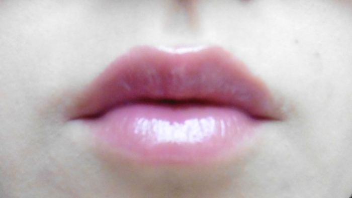 Maybelline The Elixir in 025 Mauve Mystique lip swatch